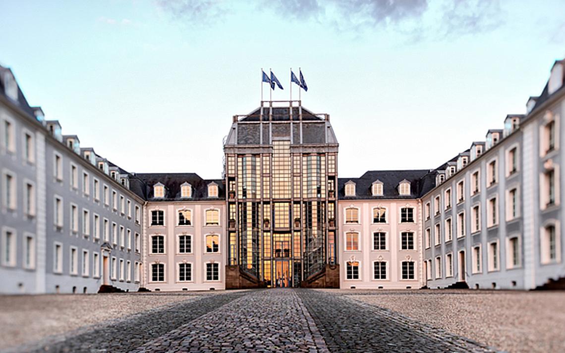 Saarbrücker Schloss  (Quelle: bildtankstelle.de)